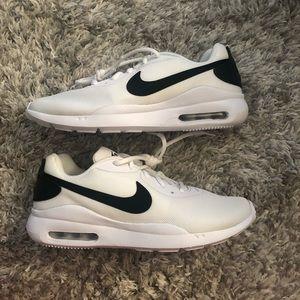 Nike Air Oketo Sneakers Black/White Size 8.5